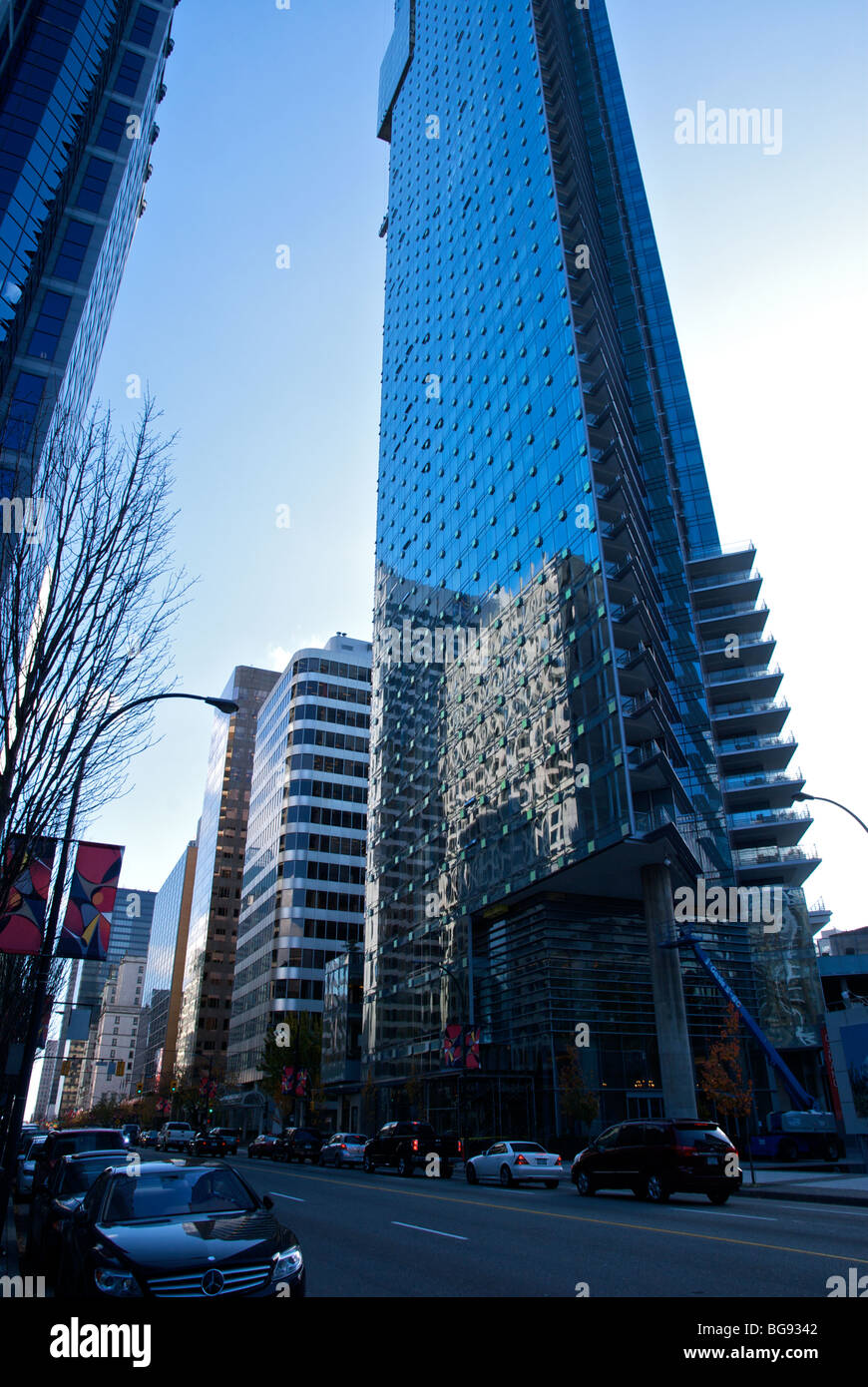 Shangri La Hotel In Downtown Vancouver Stock Photo 27244898 Alamy