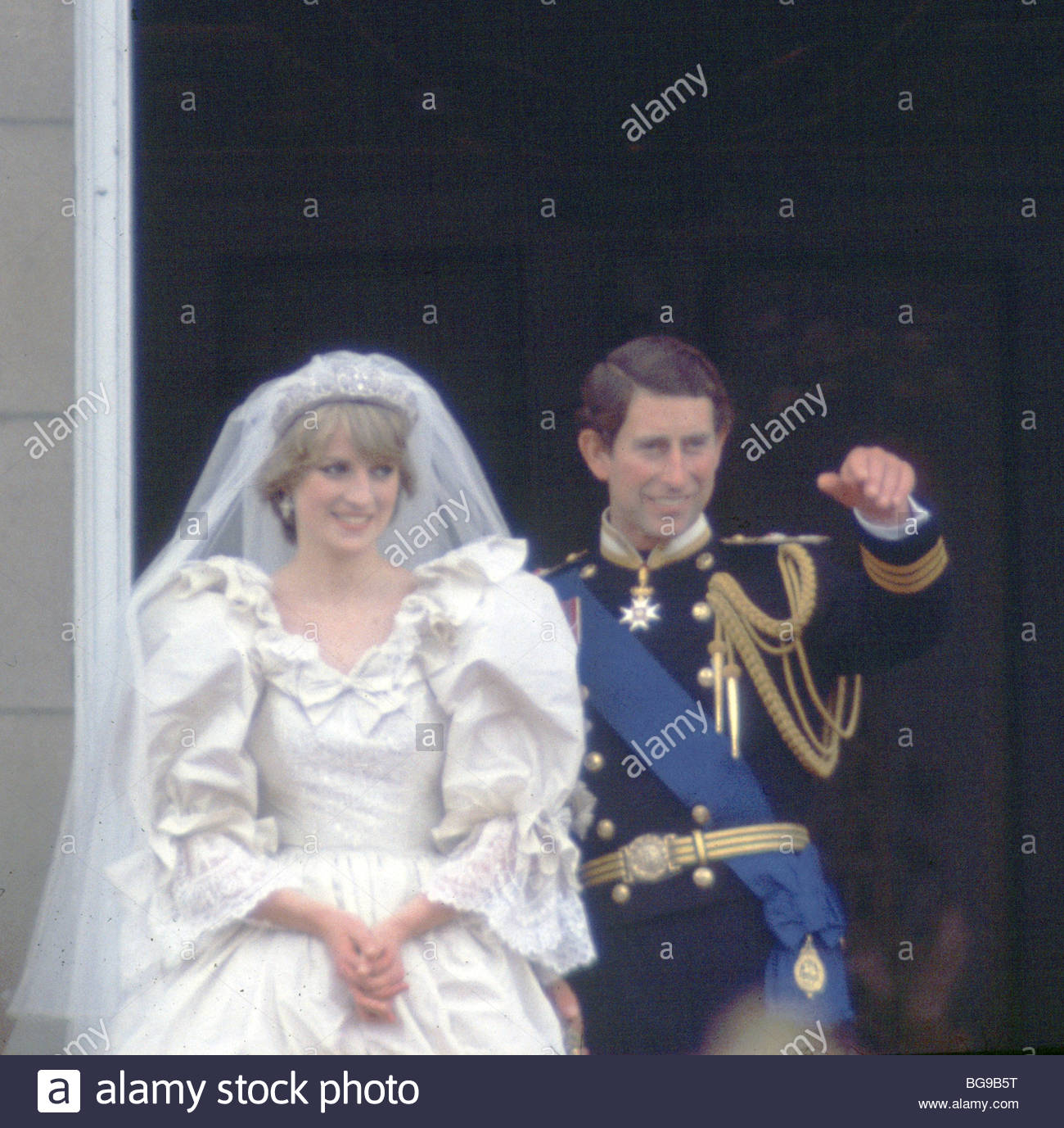 Charles And Diana Wedding.Princess Diana Prince Charles Wedding Day Buckingham Palace Stock