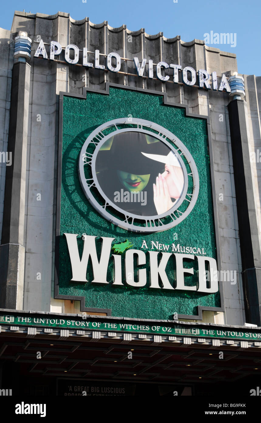 The main entrance to the musical 'Wicked', the 'untold story of the Witches of Oz',  Apollo Victoria - Stock Image