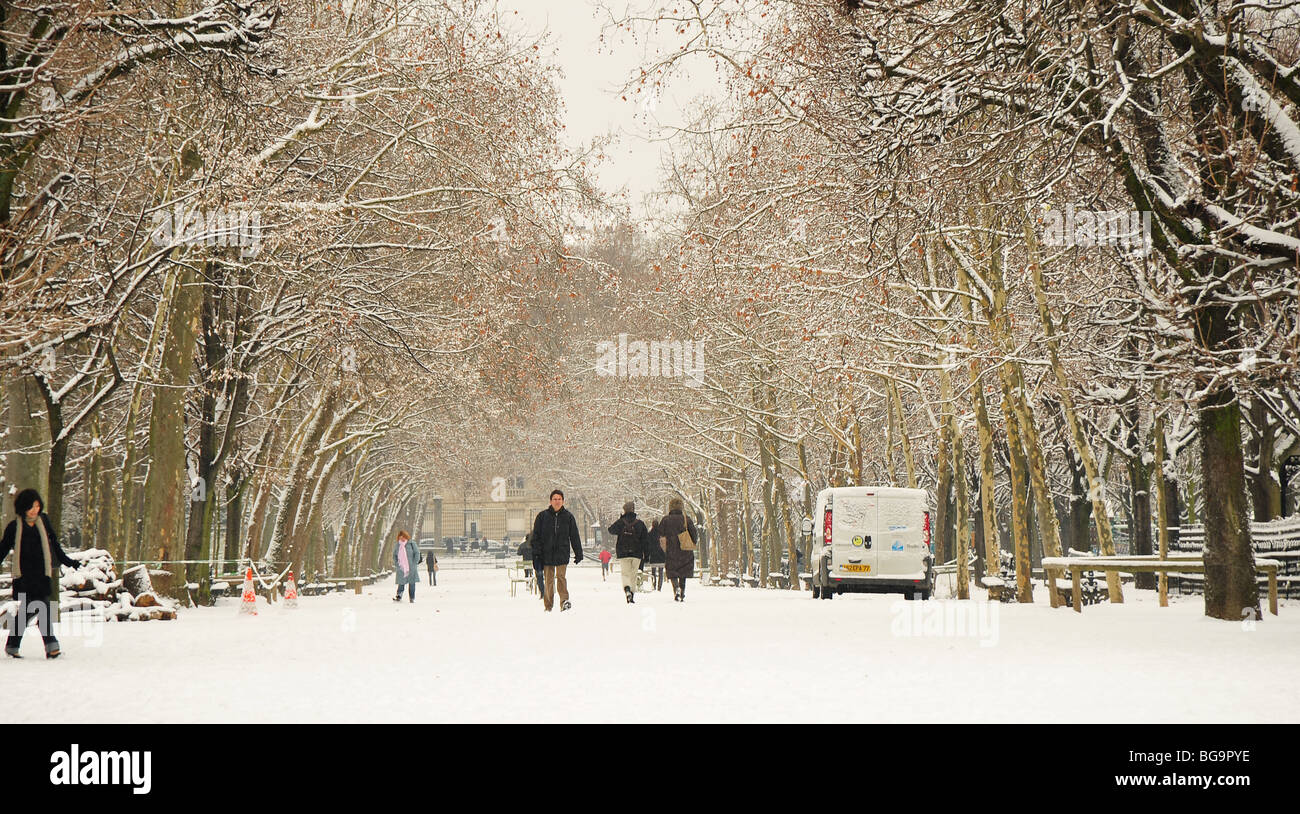 Paris People Walking In Luxembourg Garden During Winter Stock Photo