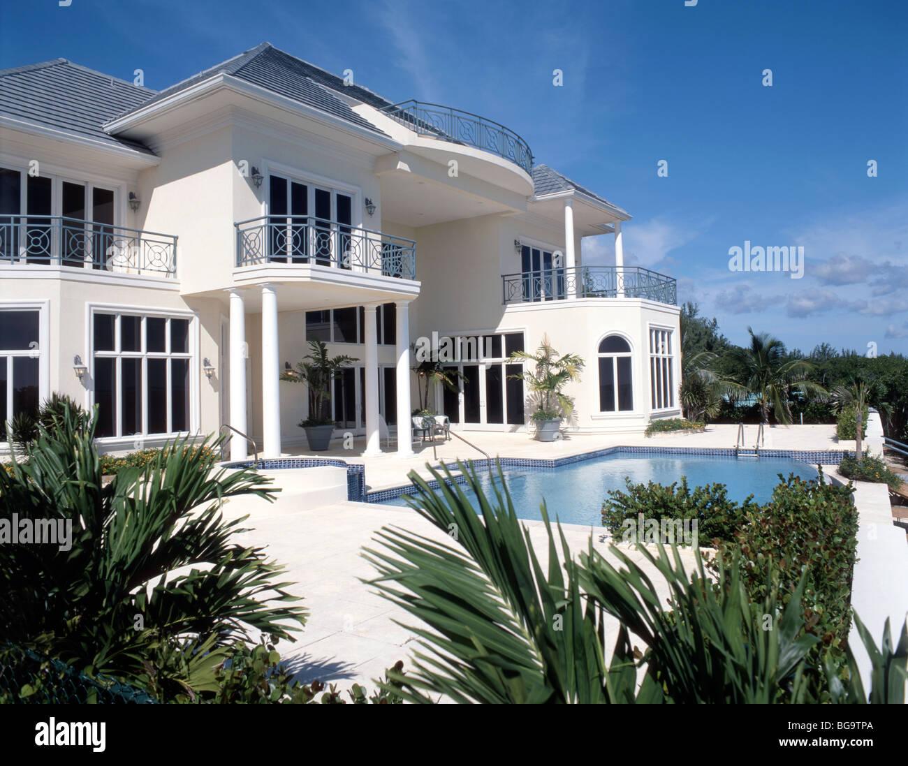 Harbor House Pool: The Cayman Islands Luxury Stock Photos & The Cayman