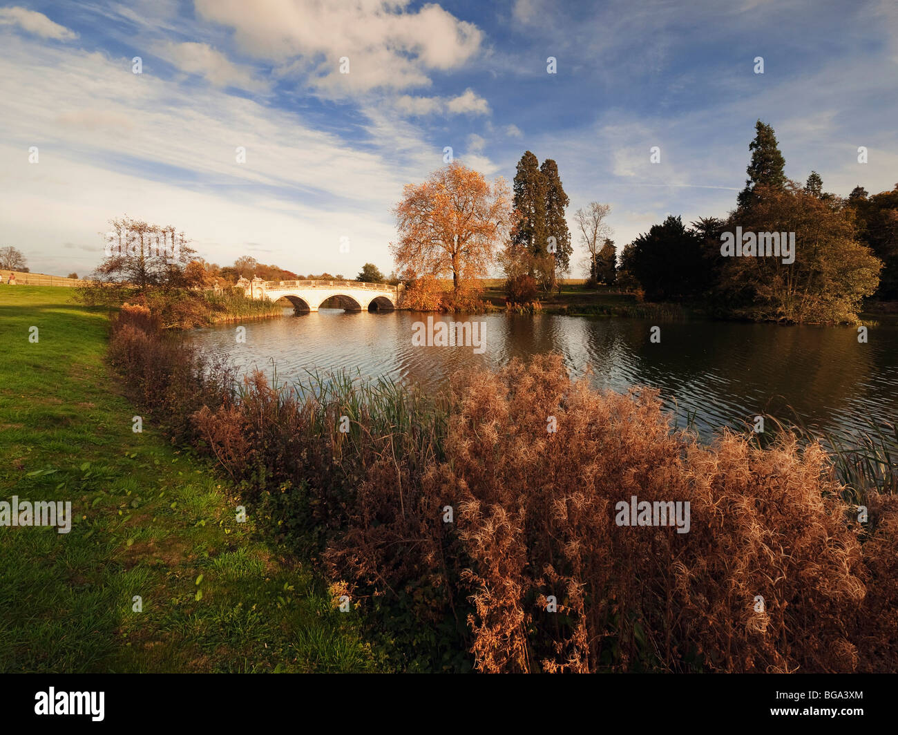 a stately home and lake compton verney warwickshire - Stock Image