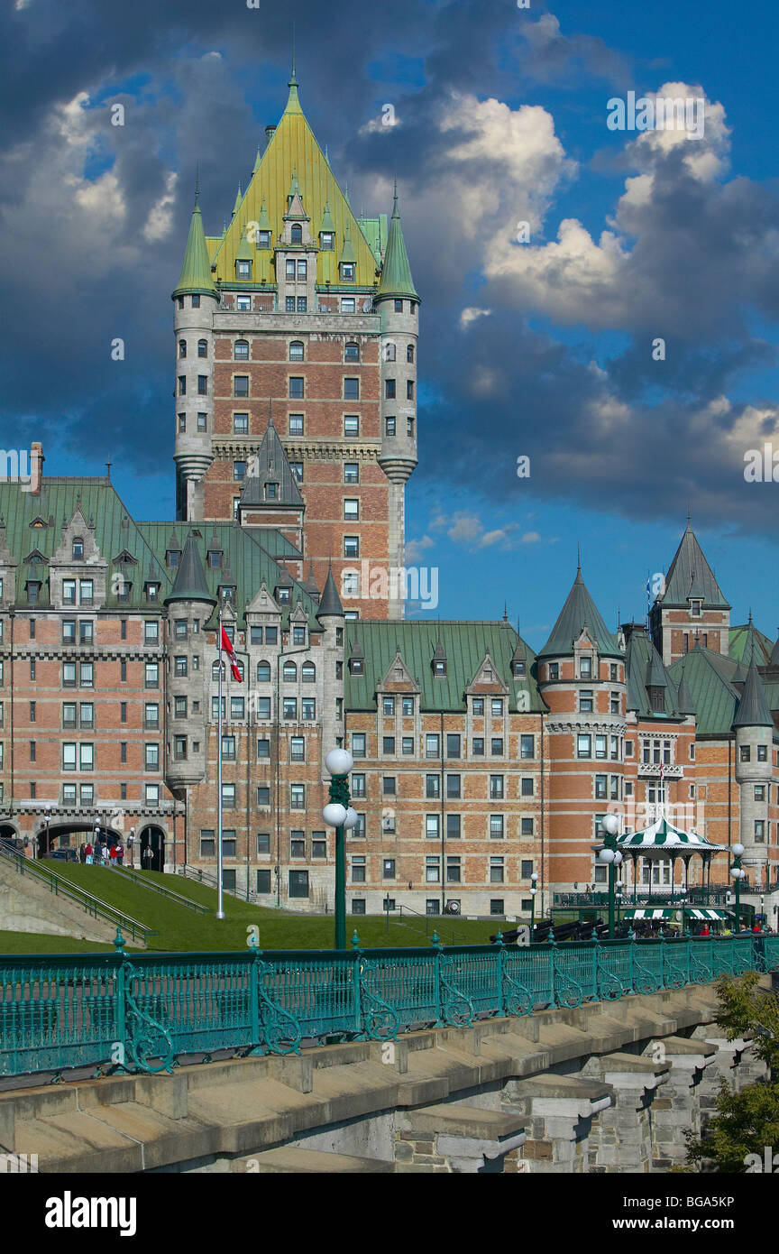 Chateau Frontenac and boardwalk, Quebec City, Quebec, Canada - Stock Image