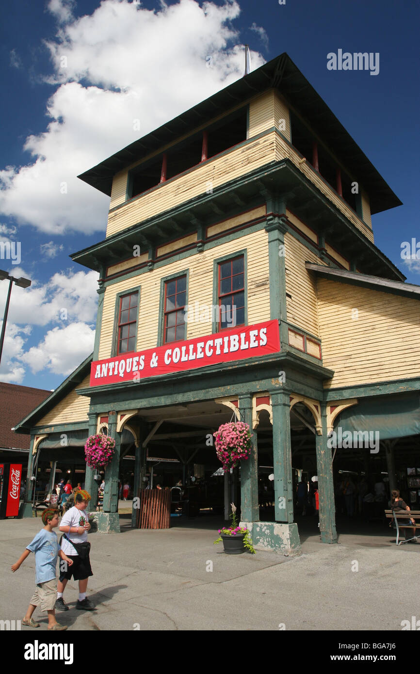 Antiques and Collectibles building. Ohio State Fair, Columbus, Ohio. Historical building. - Stock Image
