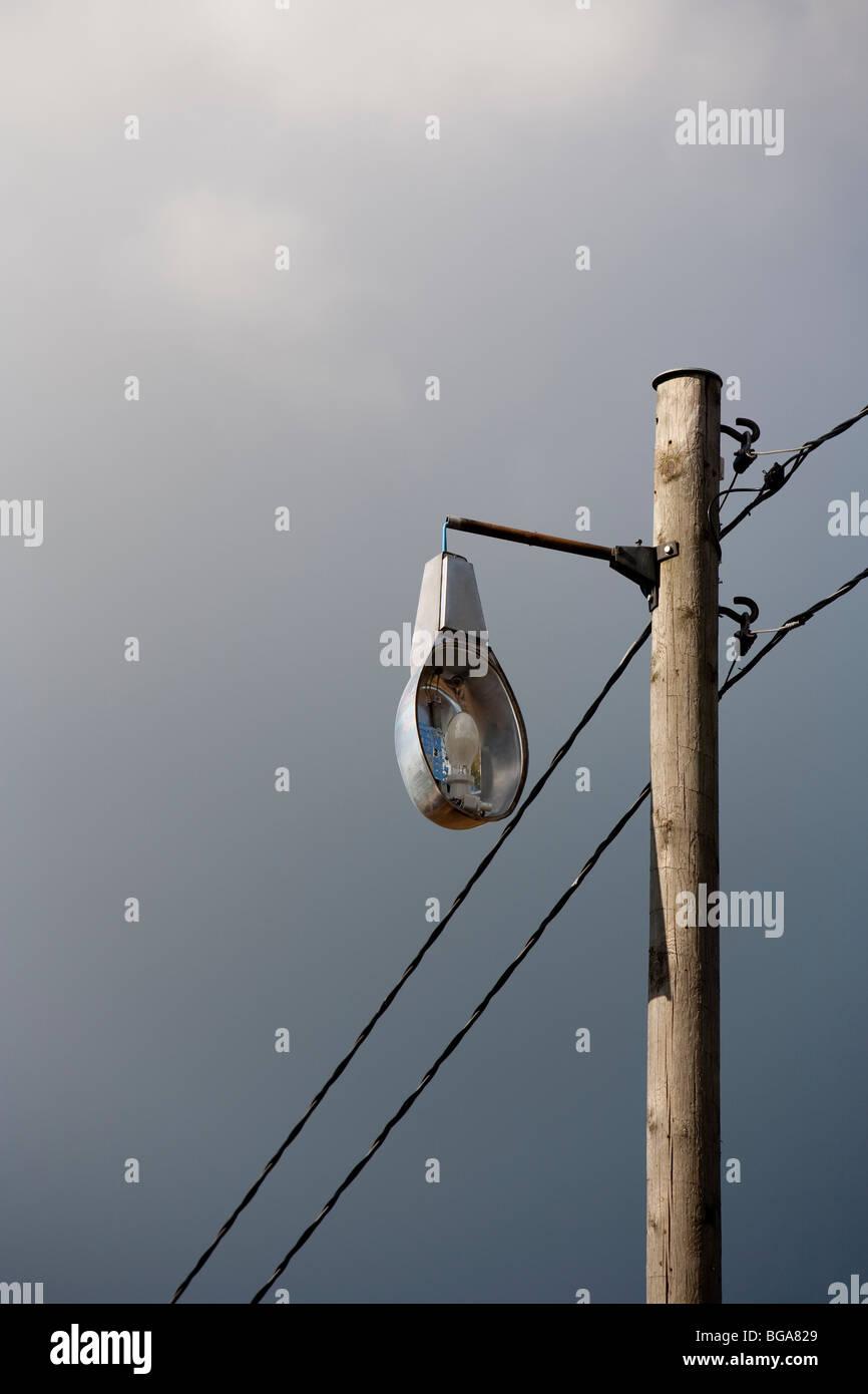 Photo27270721 wooden Broken street in Stock pole lamp a F13TcKJl