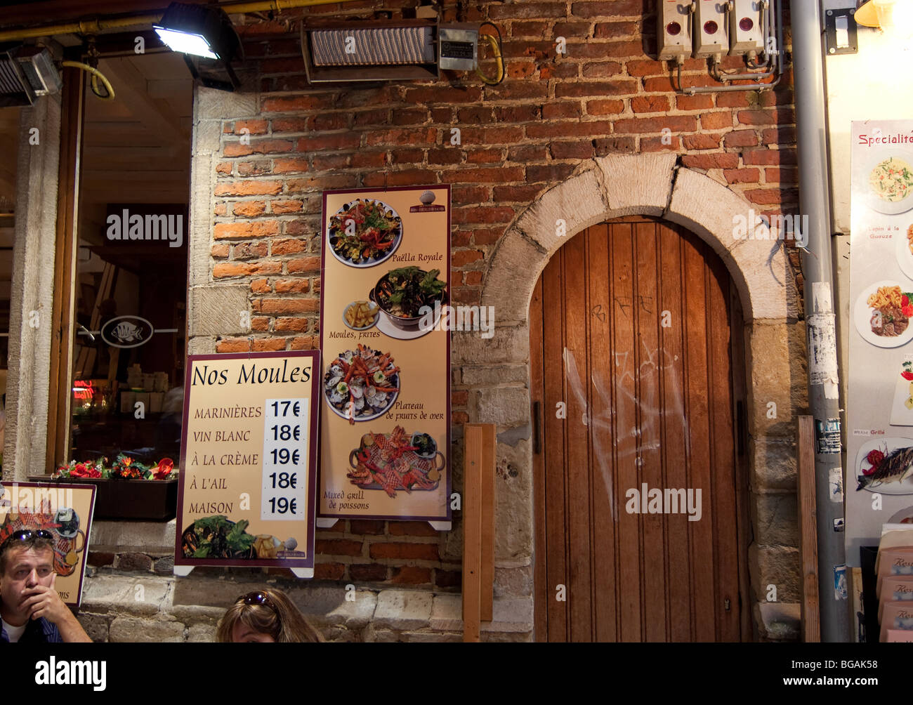 Entrance door at the café in Brussels - Stock Image  sc 1 st  Alamy & Entrance Door With Window Into Café Stock Photos u0026 Entrance Door ...