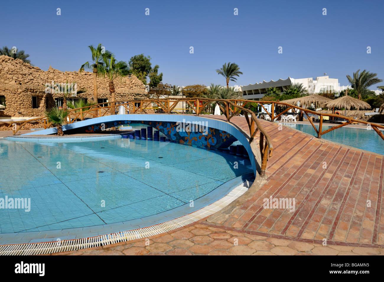Swimming pool 'Hilton Nuweiba Coral Resort', Nuweiba, Sinai, Egypt - Stock Image
