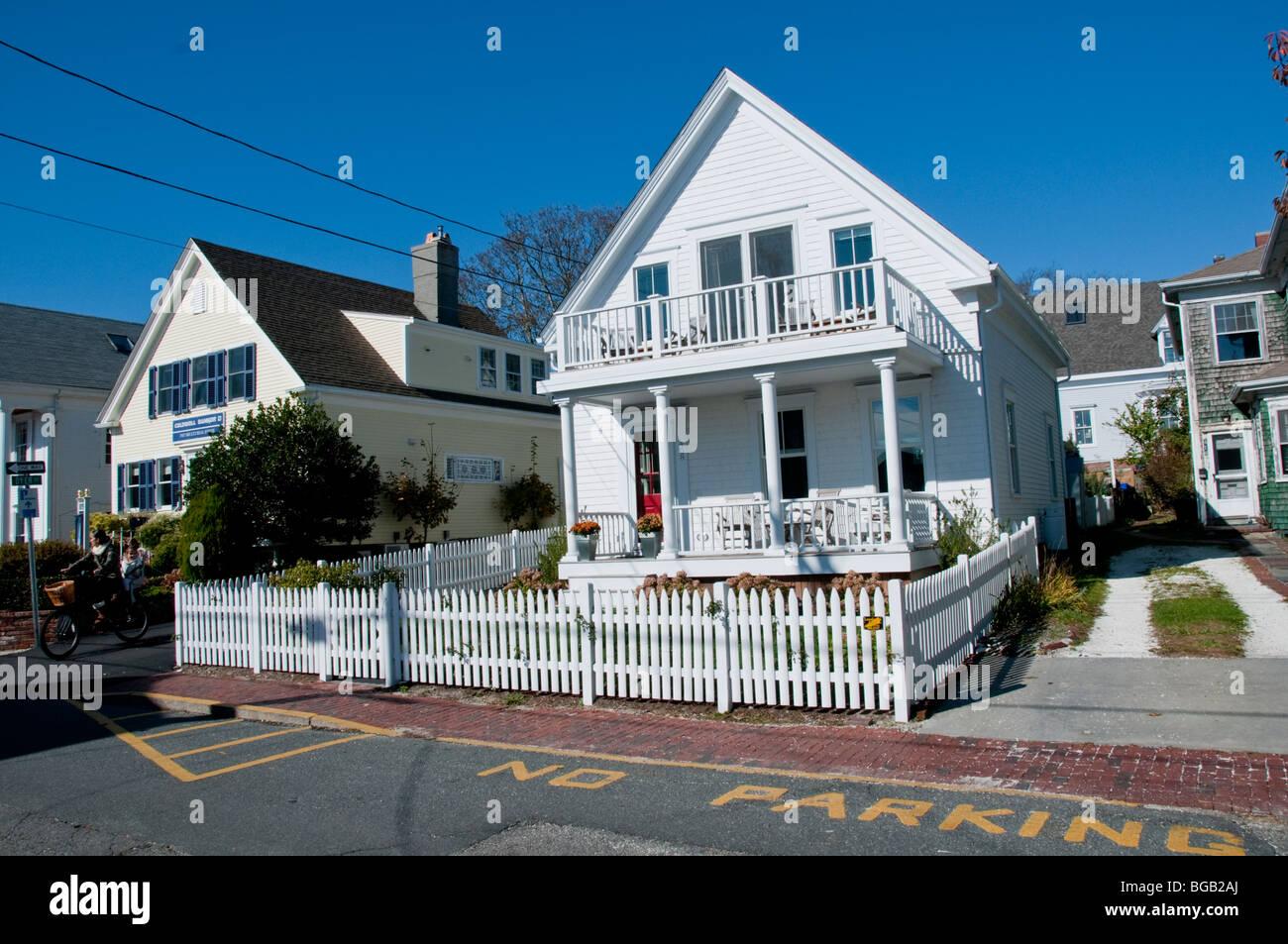 Towns Main Streetshops Architecturerestaurantsart Galleries