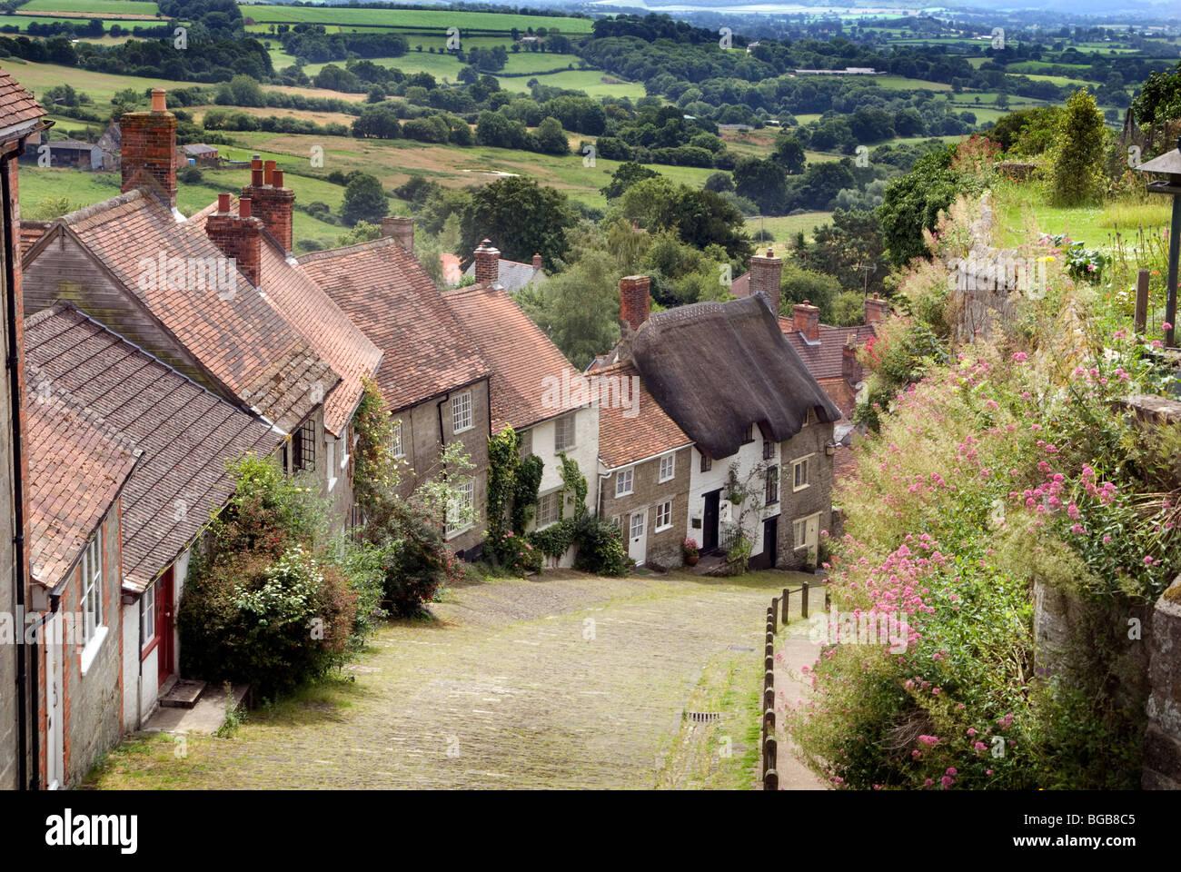 Gold Hill Shaftesbury Dorset England Europe - Stock Image