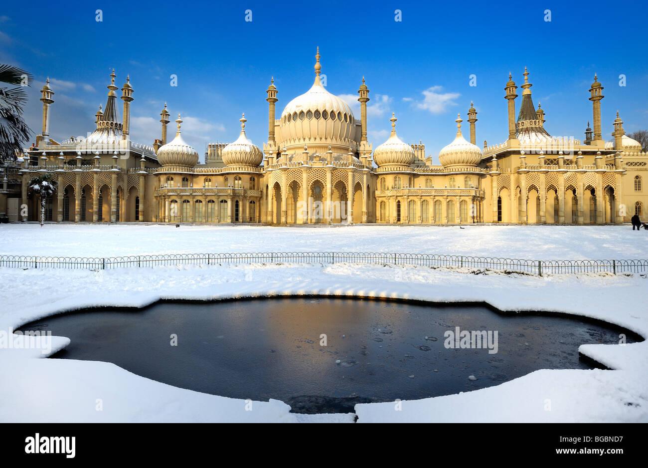 Brighton Pavilion covered in snow Stock Photo