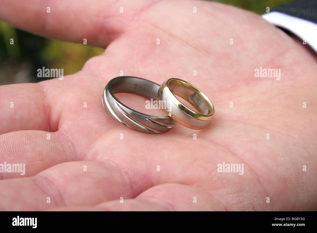 Silver Wedding Bands Stock Photos & Silver Wedding Bands Stock ...