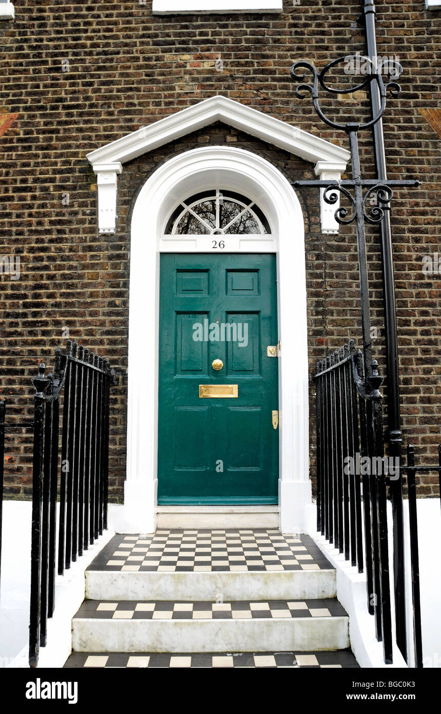 Green Front Door Of Georgian House Stock Photo: 27308823   Alamy