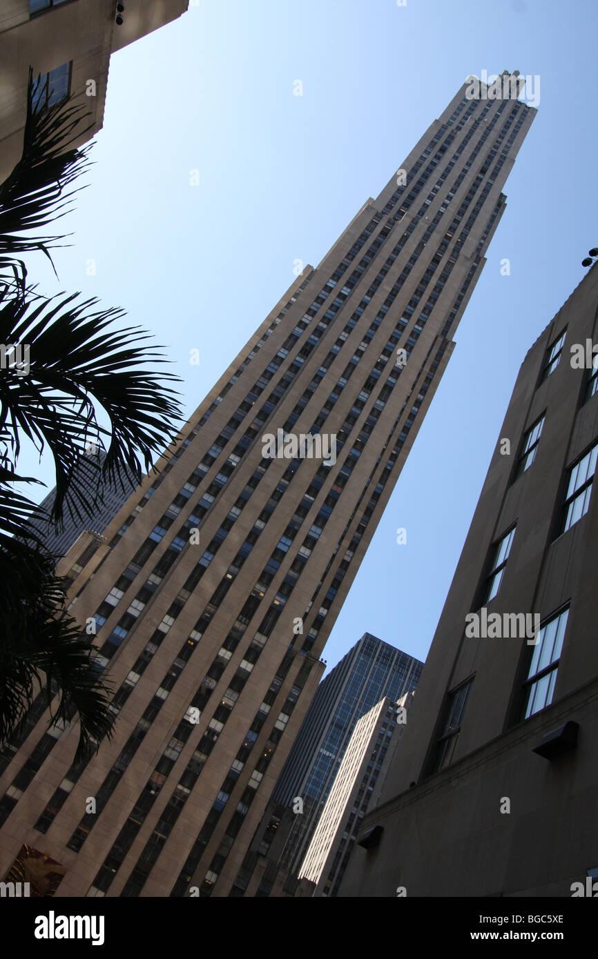 skyscraper tall building new york sky line built with materials