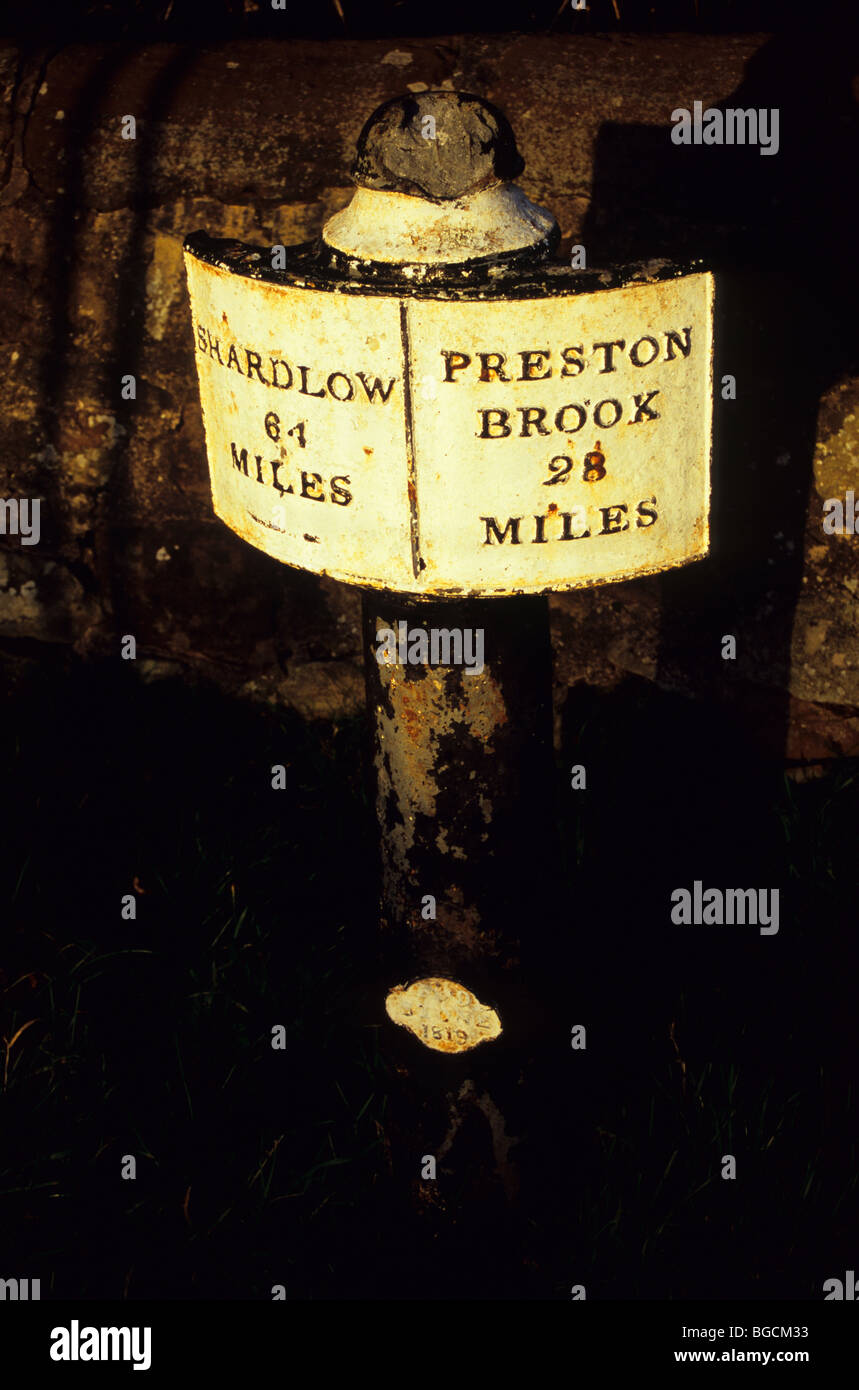 Trent and Mersey Canal Sign Showing Shardlow And Preston Brook - Stock Image