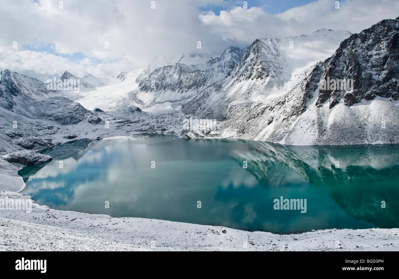 Ala Kol Pass in Karakol, Kyrgyzstan - Stock Image