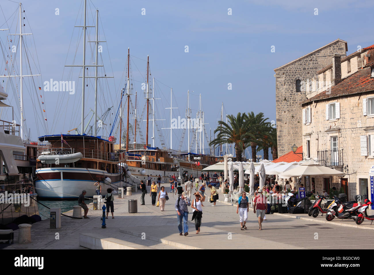 Promenade and sailing ships, Trogir, Adriatic Sea, Dalmatia, Croatia, Europe - Stock Image