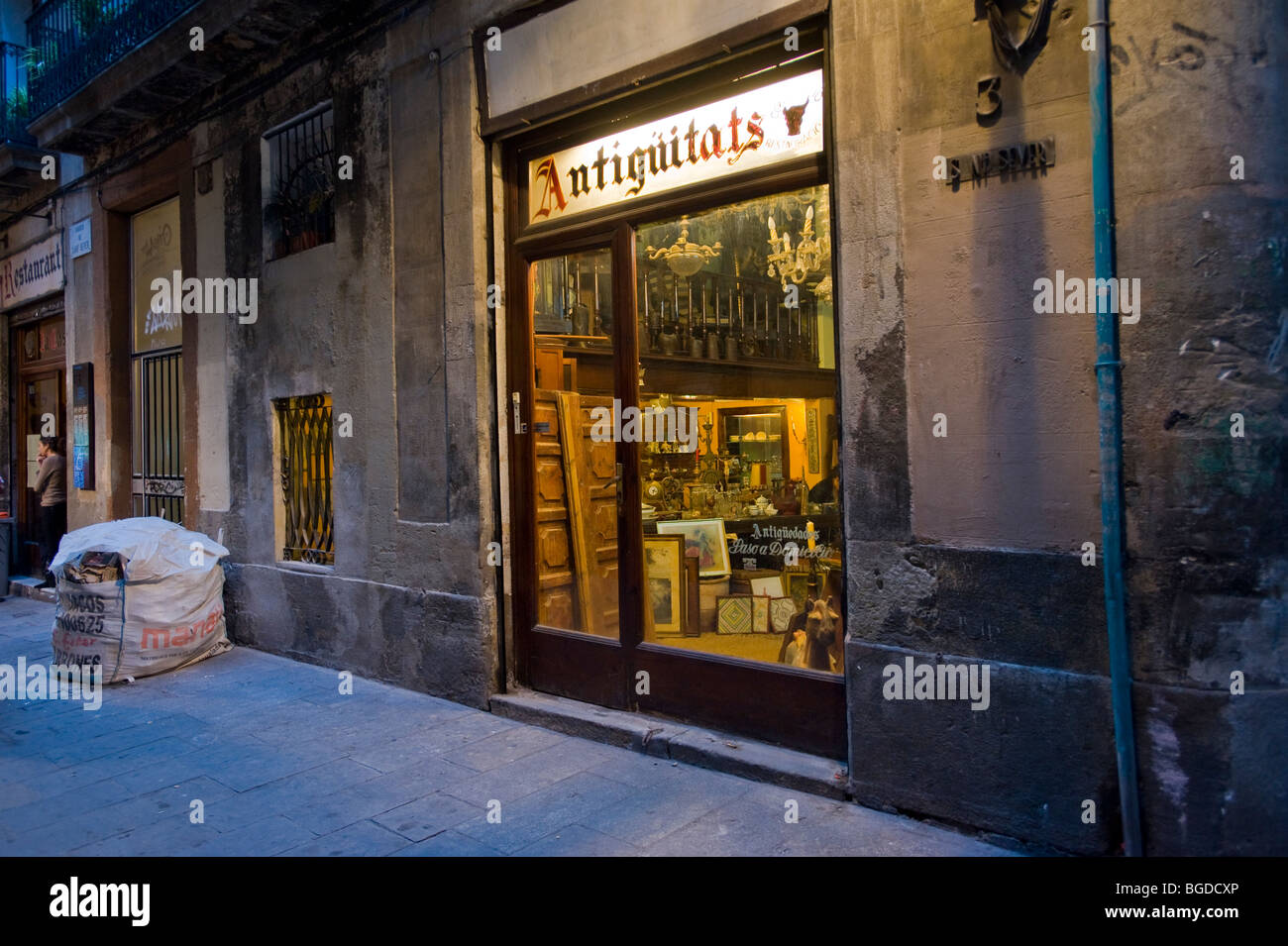 Antiques shop, Barri Gotic, Barcelona, Catalonia, Spain, Europe Stock Photo