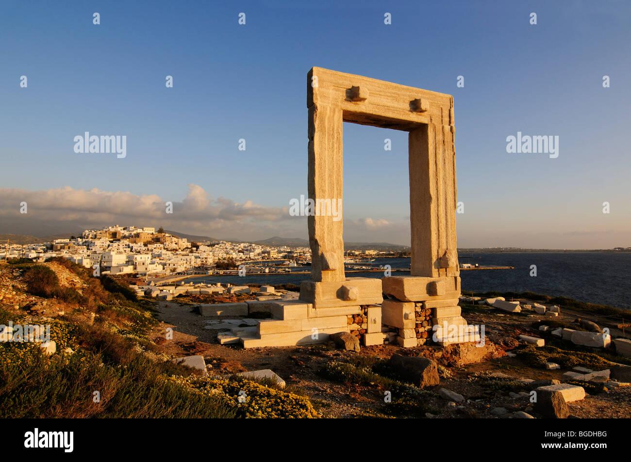 Portara of Naxos, Temple of Apollo, Naxos, Cyclades, Greece, Europe - Stock Image