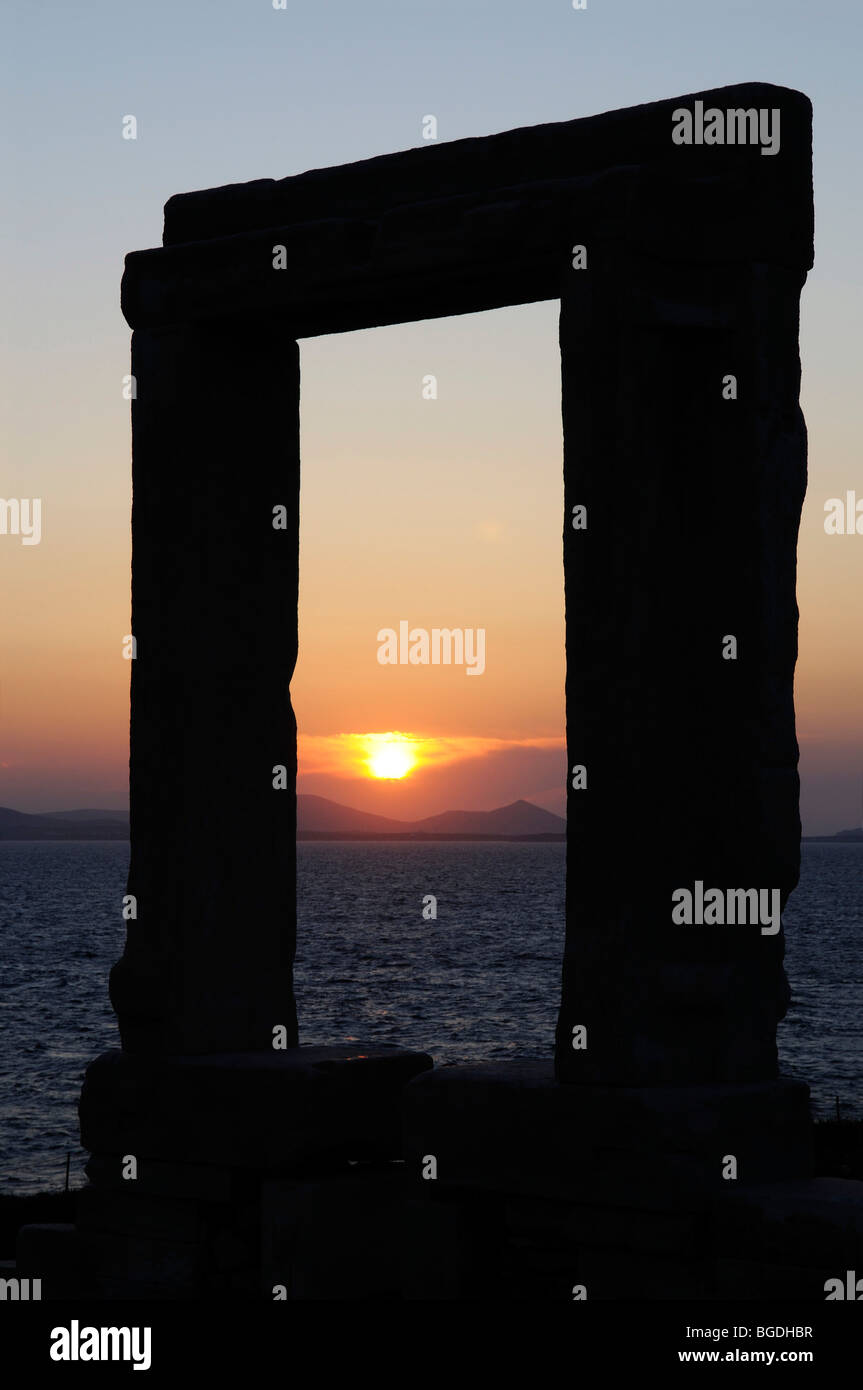 Portara of Naxos, Temple of Apollo, Naxos, Cyclades, Greece, Europe - Stock Image