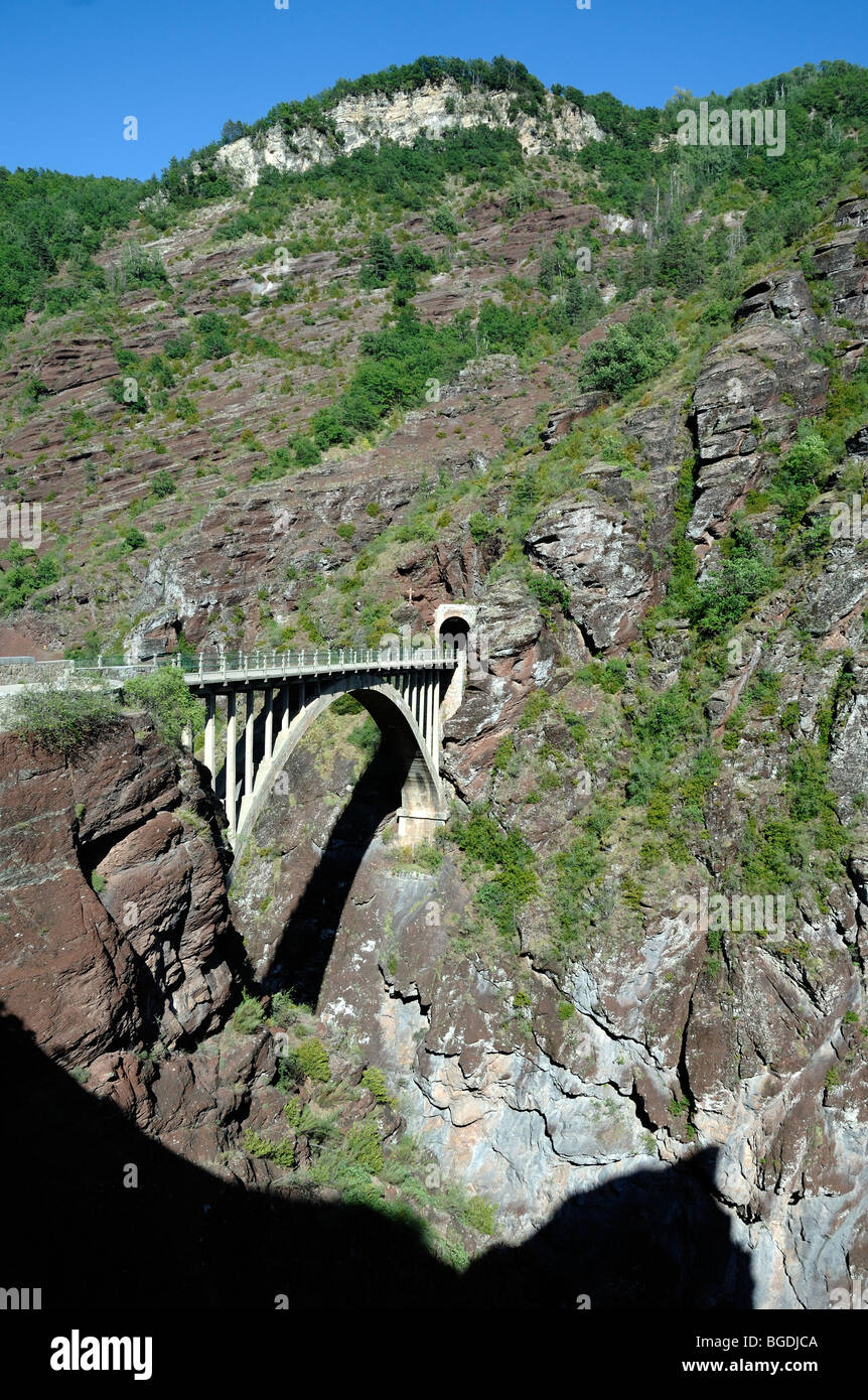 Concrete Bridge over Daluis Gorge or Canyon, Lower French Alps, Alpes-Maritimes, France - Stock Image