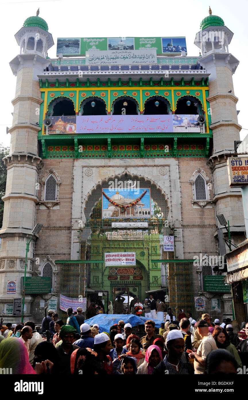 Front side and entrance to the Dargah Sharif, Holy Dargah, Mosque complex with the grave of Khwaja Muinud-din Chishti, - Stock Image
