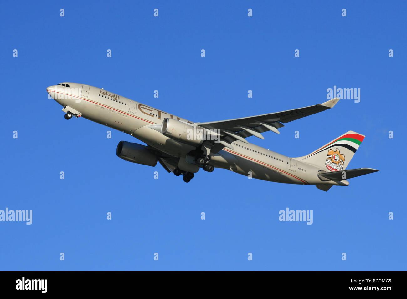 ETIHAD AIRBUS A330 UAE - Stock Image
