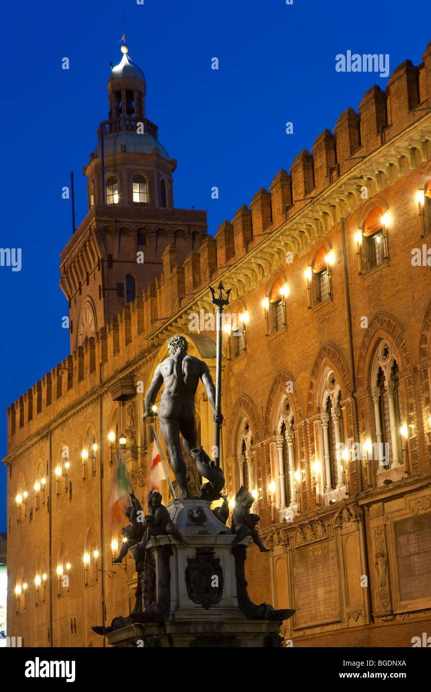 Statue of Neptune, Piazza Maggiore, Bologna, Italy - Stock Image
