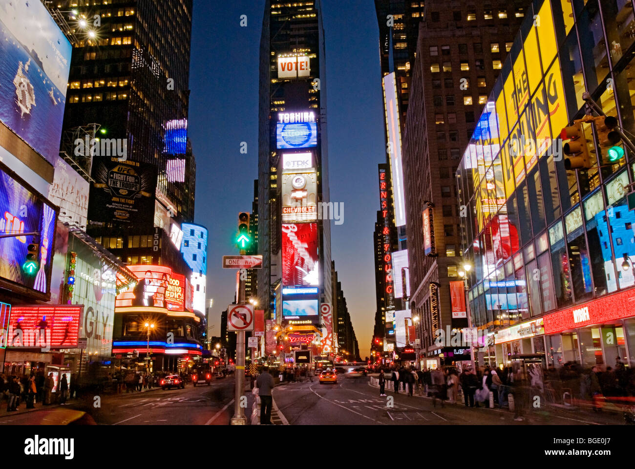 Times Square New York City At Night Stock Photo Alamy