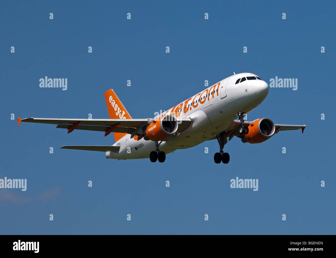 EasyJet Airbus A319 Aircraft landing at Gatwick Airport, England - Stock Image