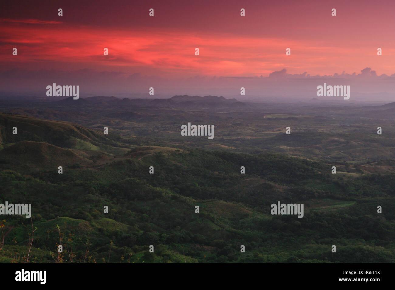 Beautiful sunset near Ola, Cordillera Central, Cocle province, Republic of Panama. - Stock Image