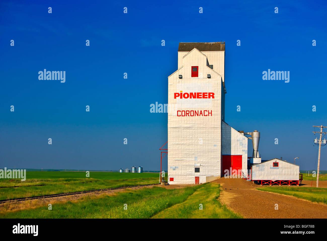 Grain elevator in the town of Coronach in the Big Muddy
