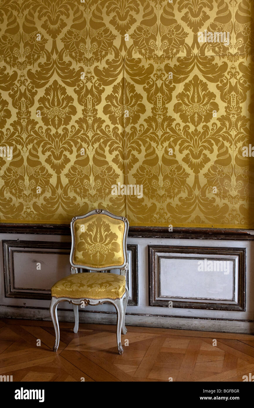 Chair Front Wallpaper Stock Photos & Chair Front Wallpaper Stock ...