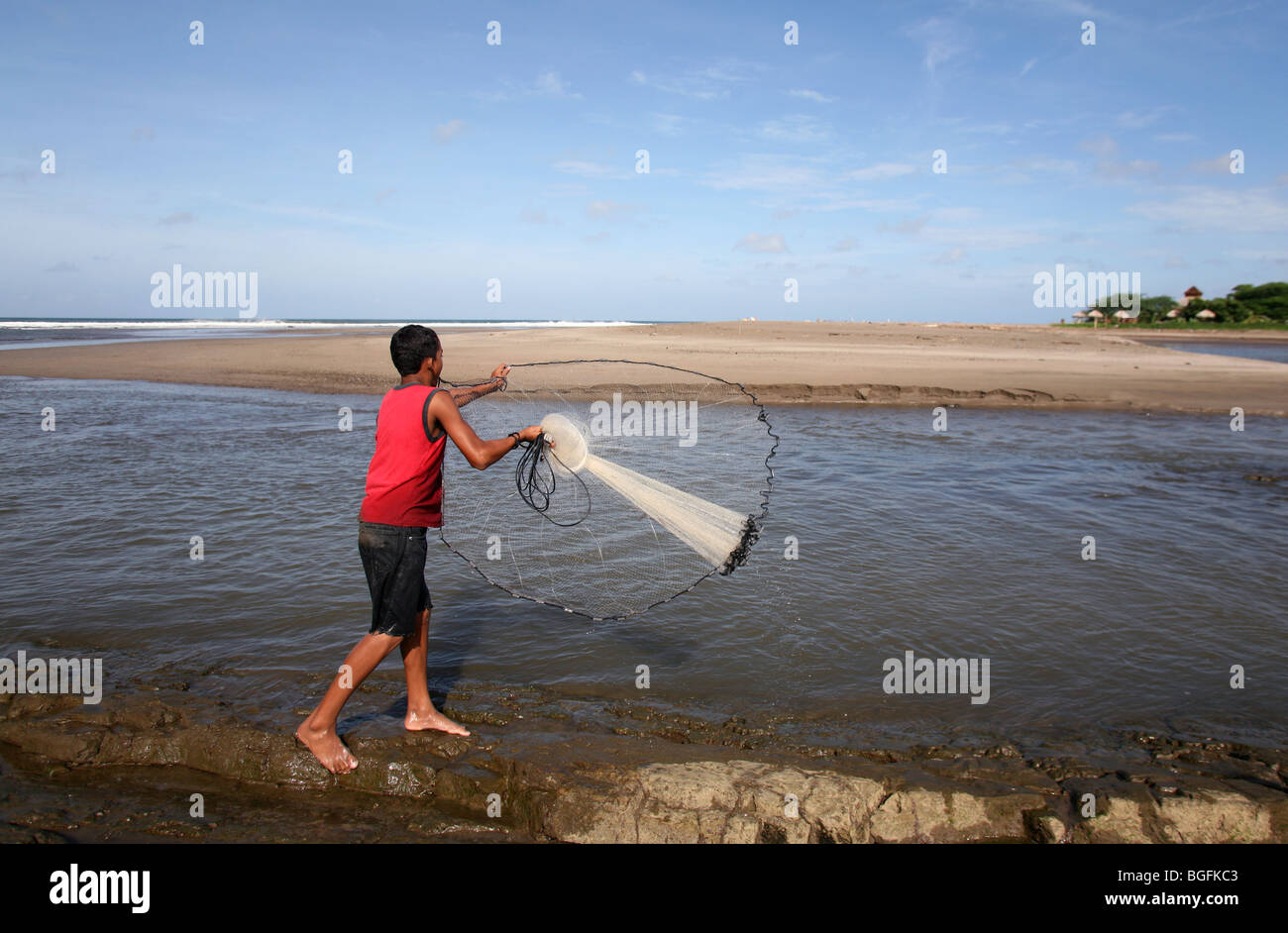 Casting Net Boy Stock Photos Casting Net Boy Stock Images Alamy