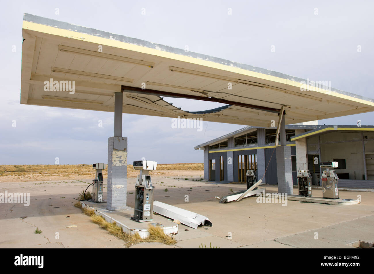 Abandoned Gas Station In The Ghost Town Of Two Guns Arizona On Stock Photo Alamy
