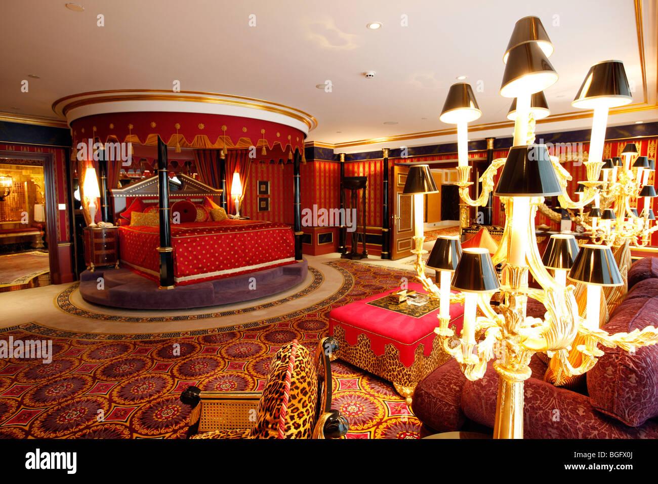 presidential suite, deluxe suite, sleeping room in the Burj Al Arab, Dubai, united Arabian emirates - Stock Image