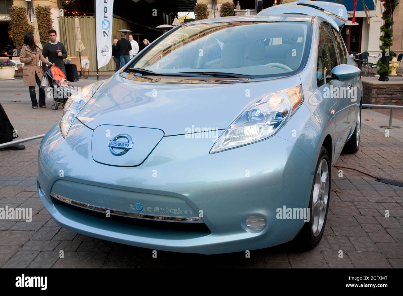 Nissan San Jose >> Angled Front View Of Nissan Leaf Electric Car Nissan Leaf