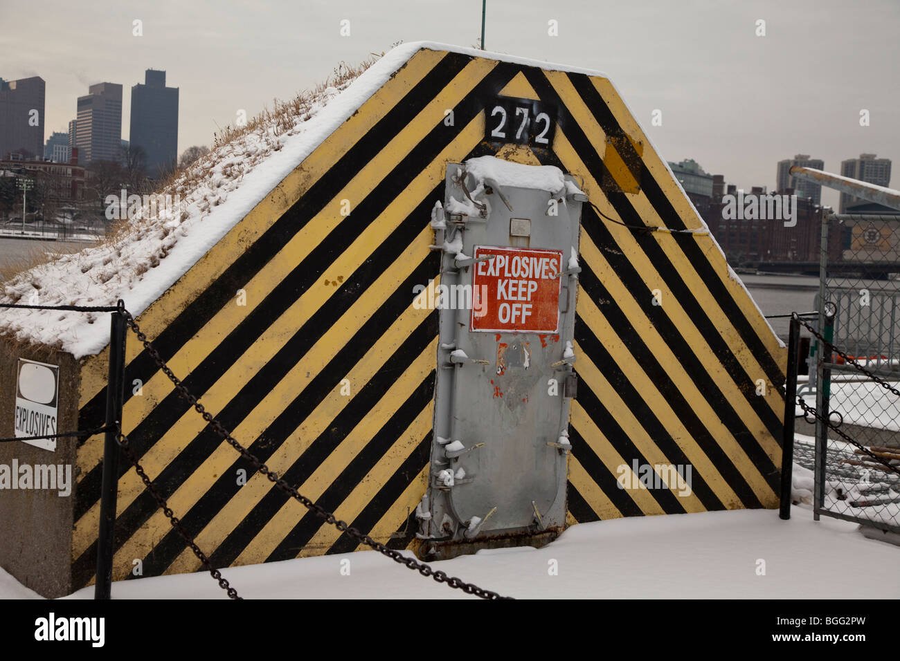 Small building where explosives are stored - Stock Image