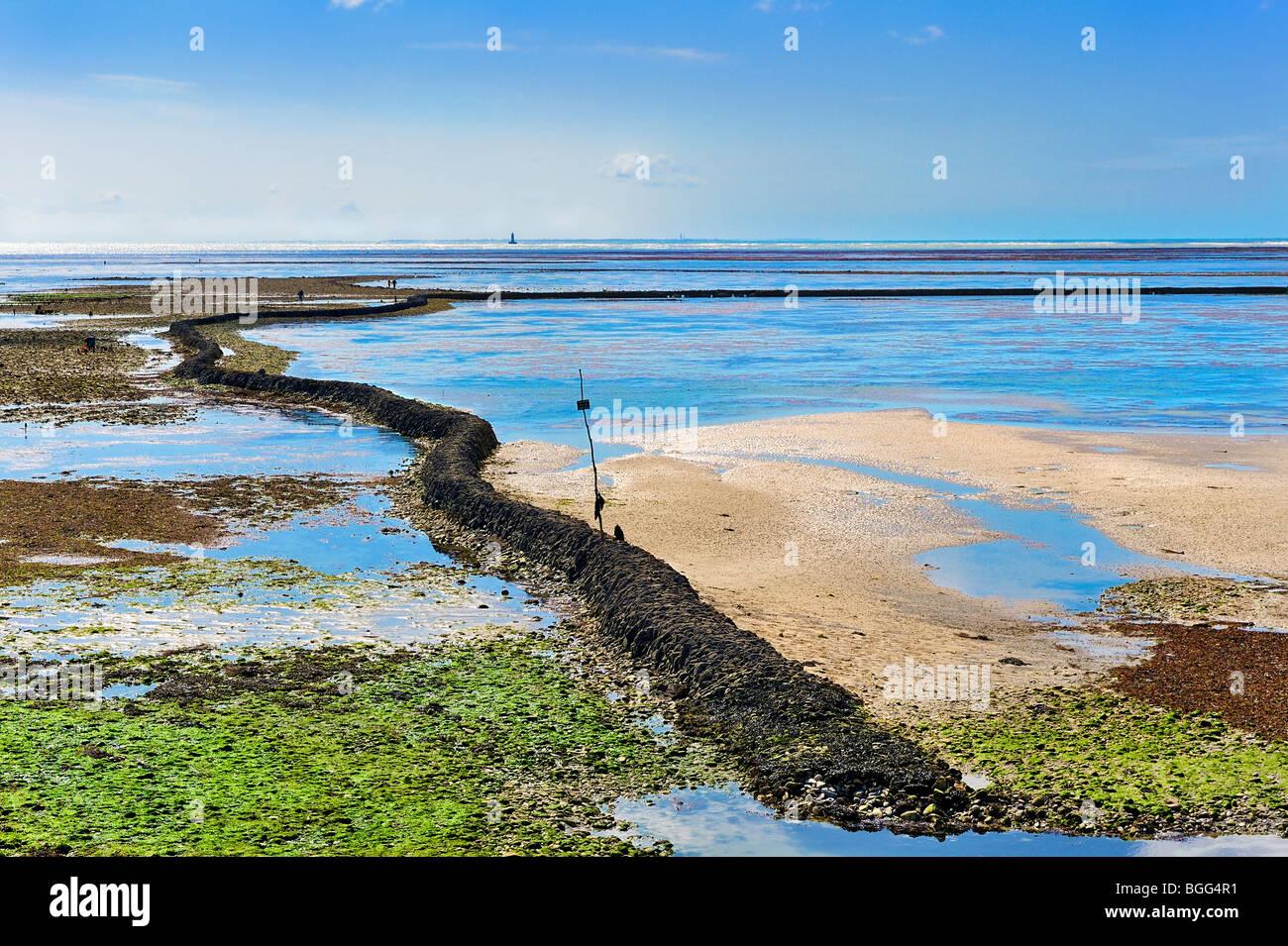 Fishing lock at Ile de Re, France. - Stock Image