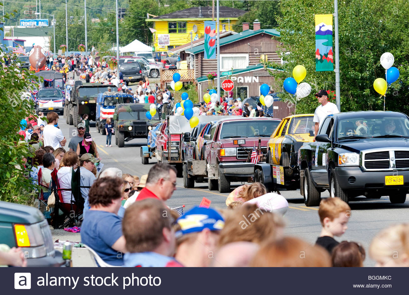 Alaska, Wasilla Crowded street and Independence Day parade. - Stock Image