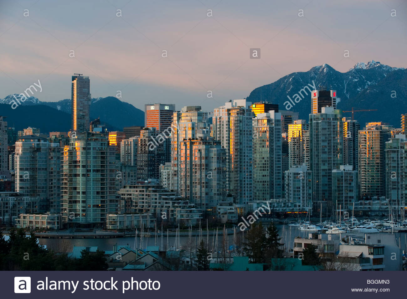 Apartments and condominiums along False Creek in Vancouver, BC Canada - Stock Image
