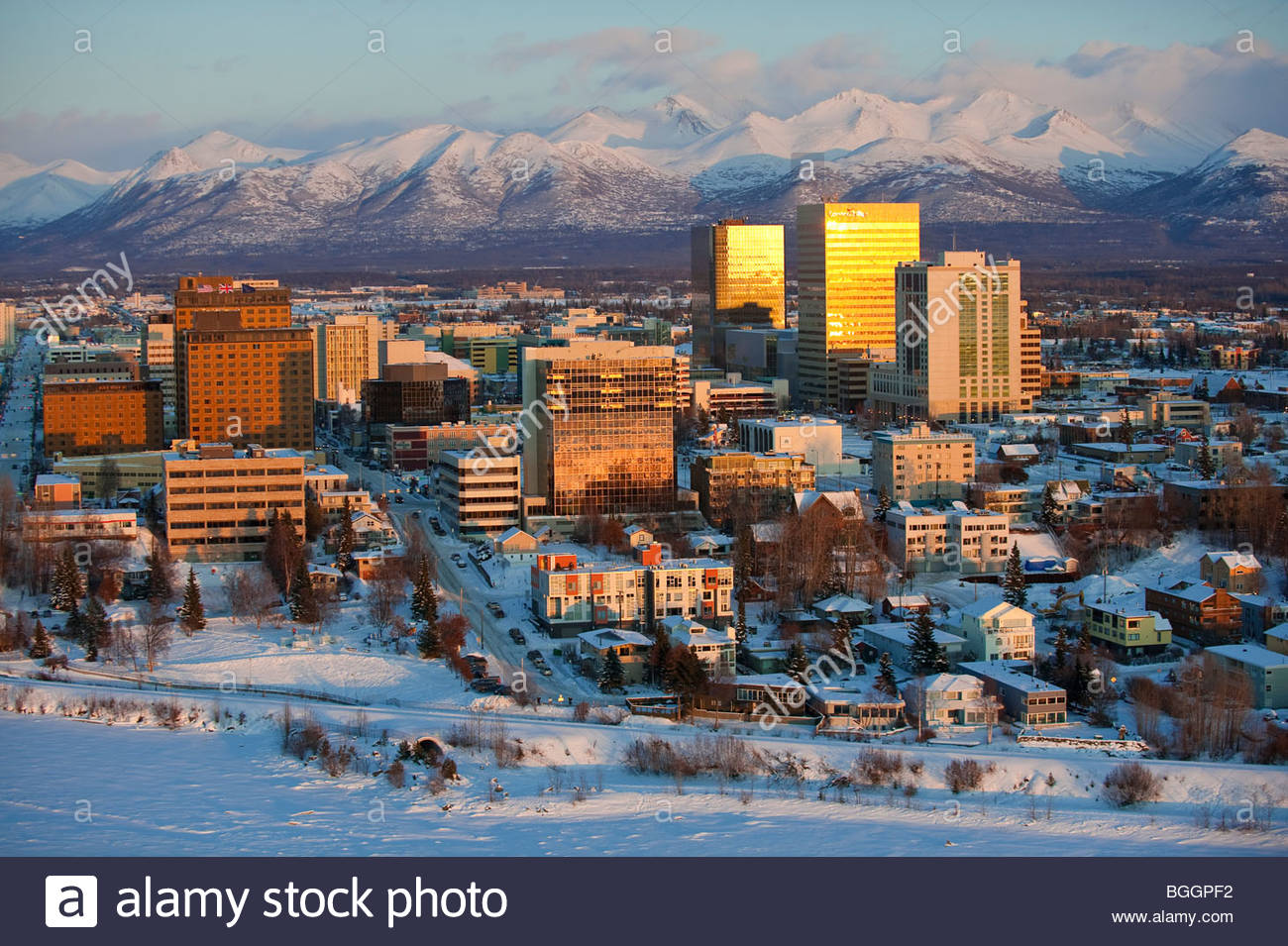 Alaska, Anchorage city on the shores of Cook Inlet in winter. - Stock Image