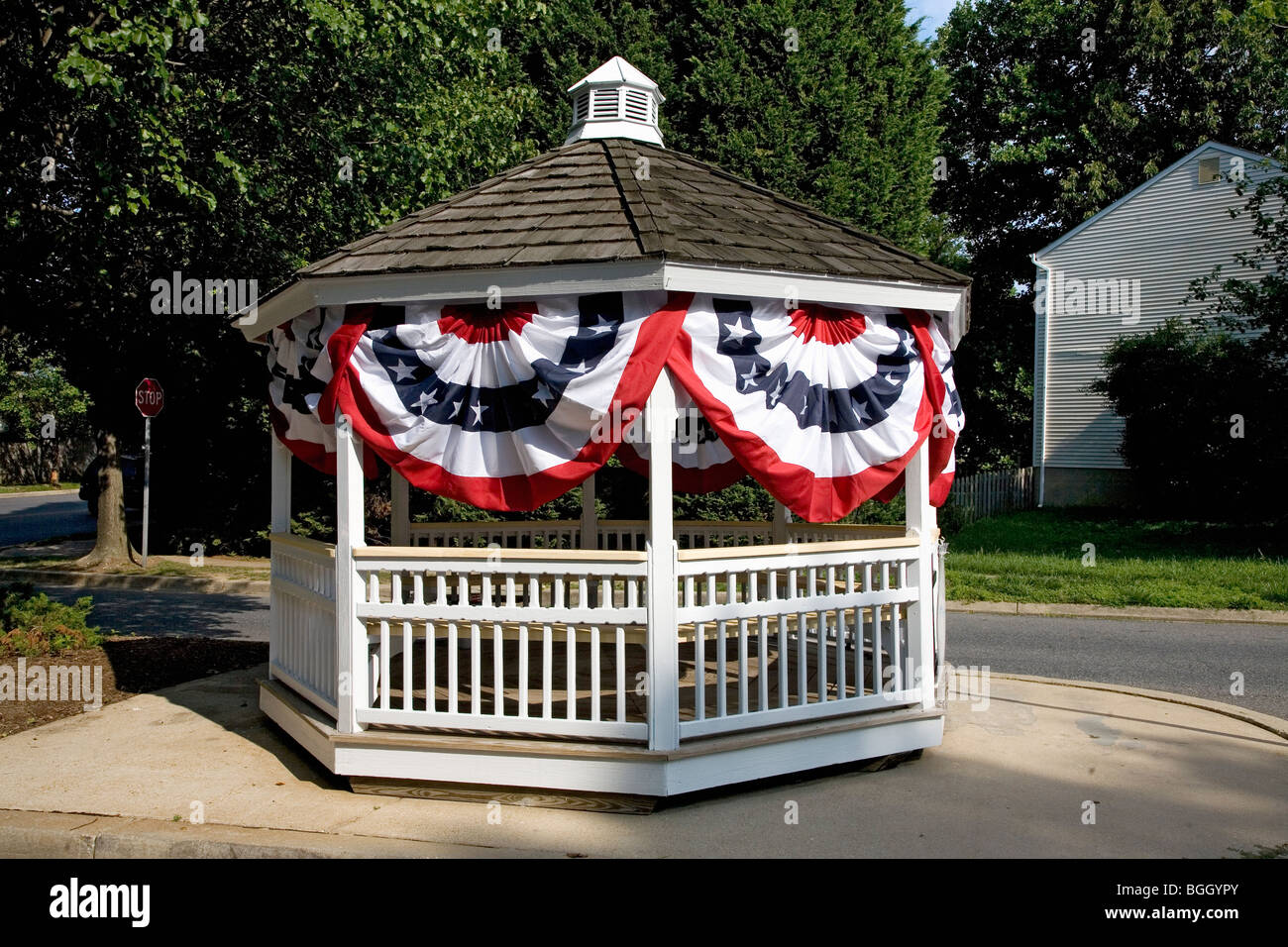 Gazebo draped in American flags for July 4, near Annapolis, Maryland - Stock Image