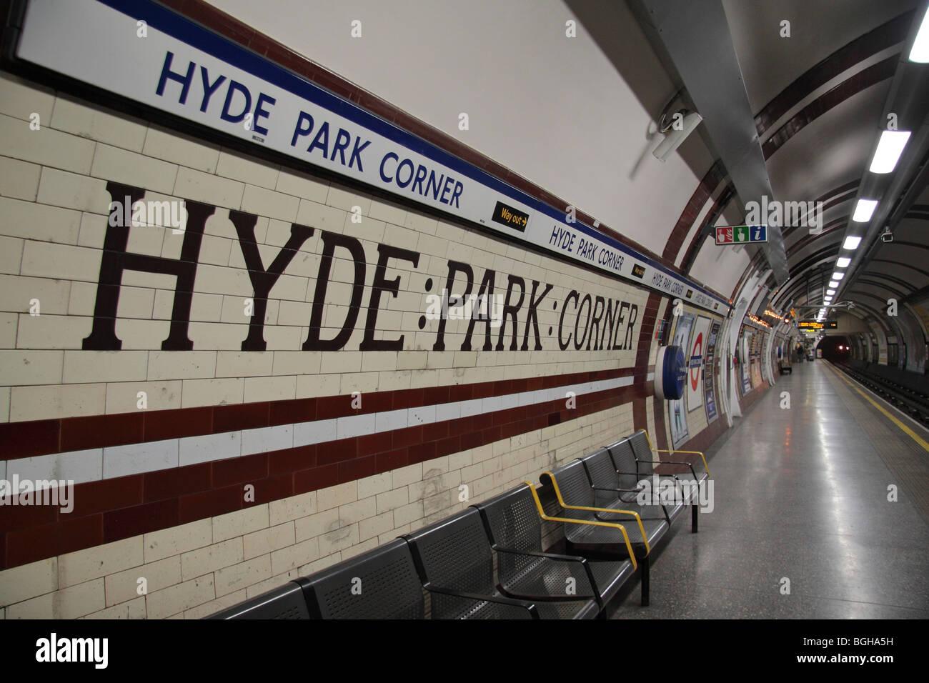 Hyde Park Corner Tube Stock Photos & Hyde Park Corner Tube Stock ...