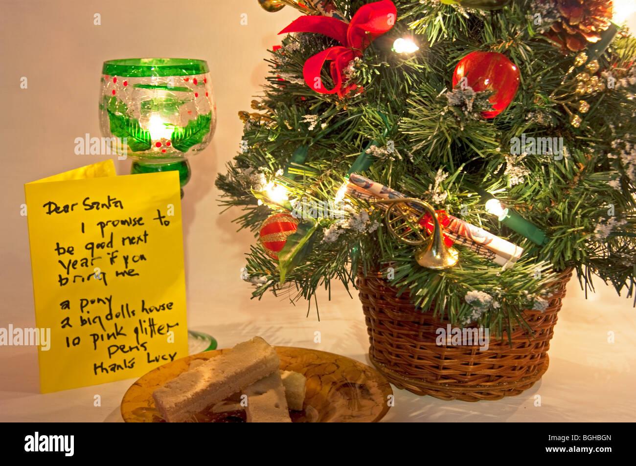 Santa note, Christmas home fireside, December, 2009 - Stock Image