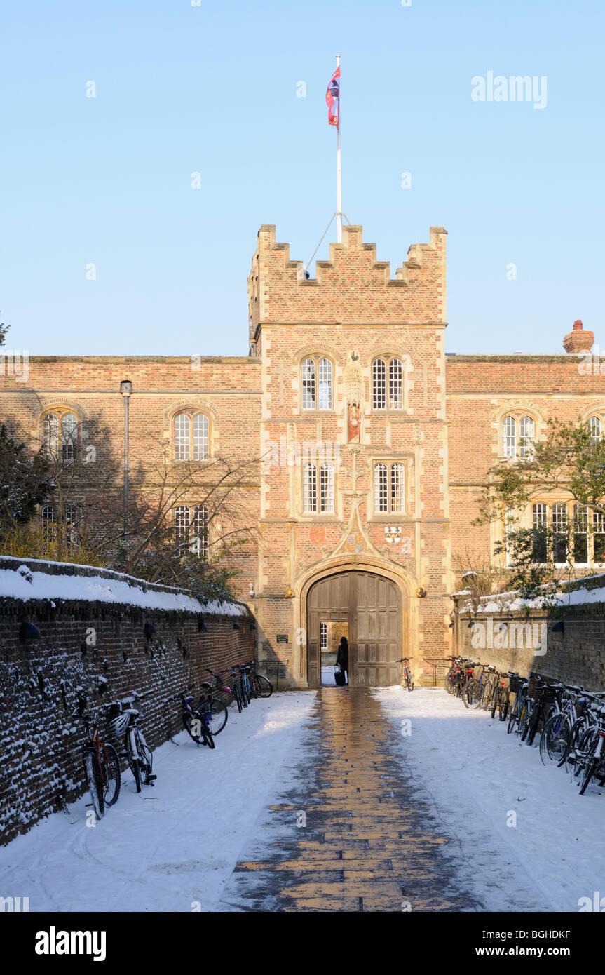 England; Cambridge; Jesus College Gatehouse in Winter Stock Photo