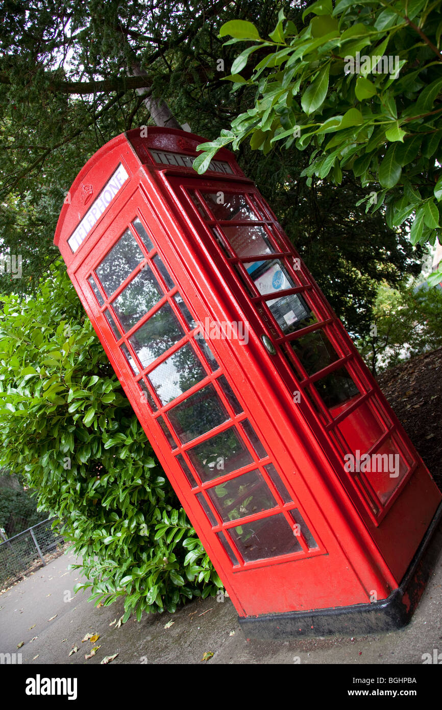 Red Traditional British Telephone Box - Stock Image