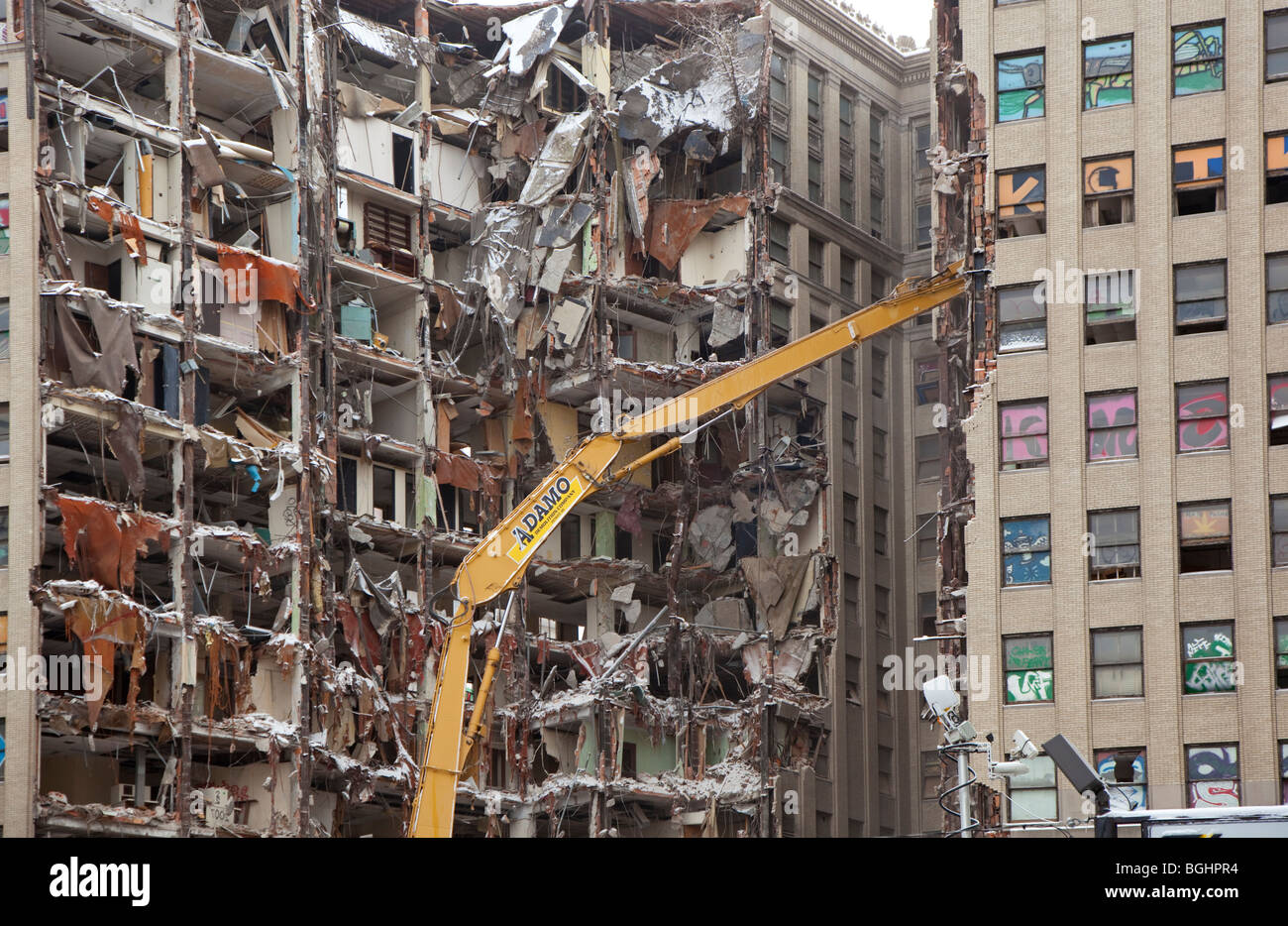 Detroit, Michigan - The vacant Lafayette Building being demolished in downtown Detroit. - Stock Image