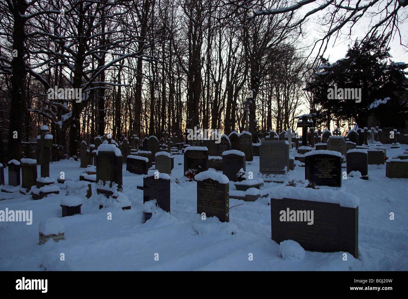 Cemetery manchester stock photos cemetery manchester - Paradise gardens roselle park nj ...