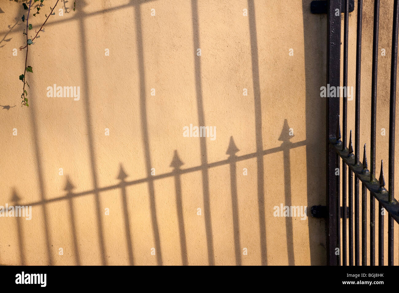 Wall Fence Railing Stock Photos & Wall Fence Railing Stock Images ...