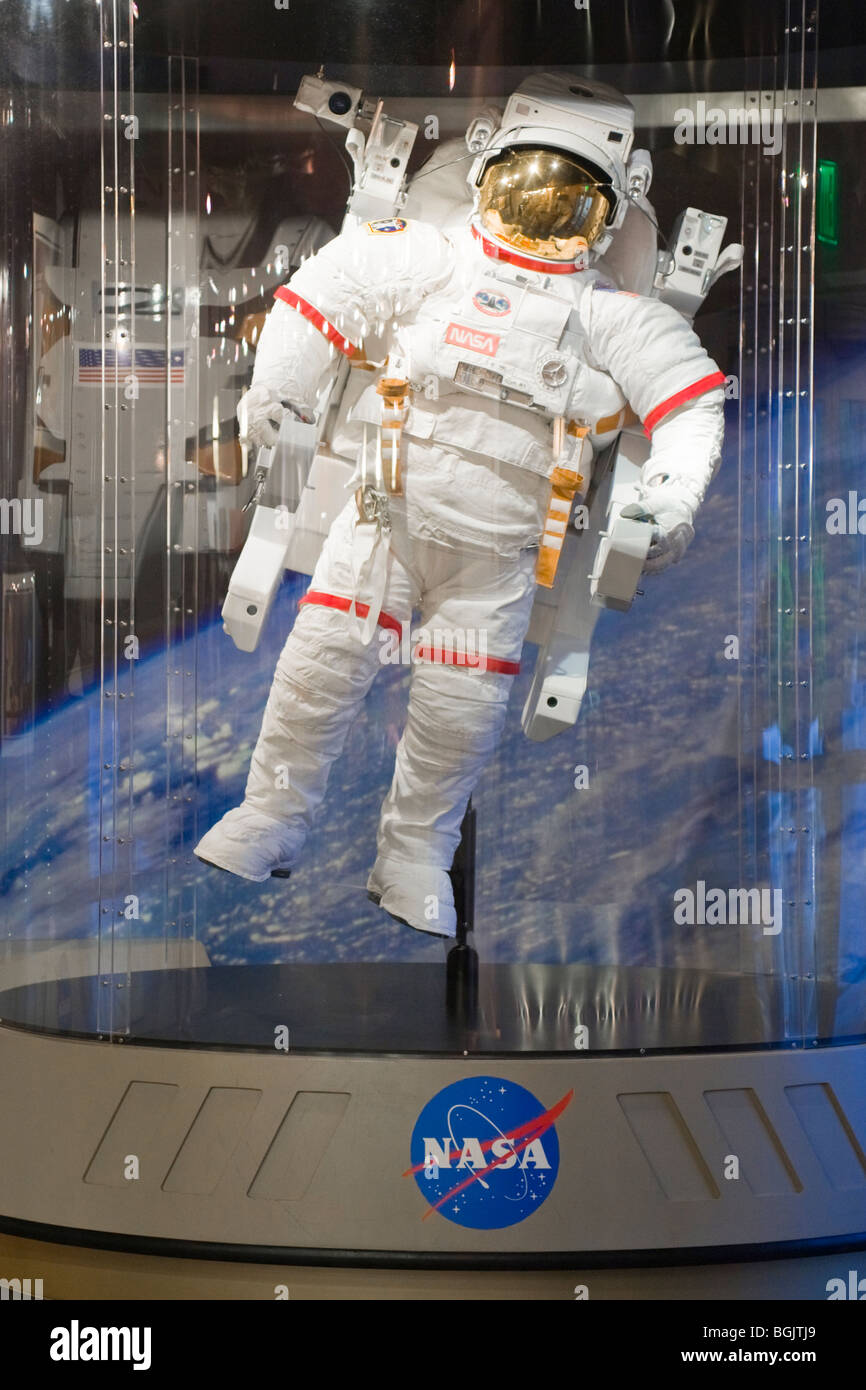 Kennedy Space Centre Center , display of NASA space suit for astronaut with booster space pack attached - Stock Image